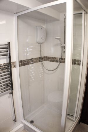 37a-Bathroom-Shower